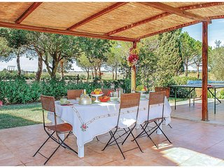 3 bedroom Villa in Albinia, Tuscany, Italy : ref 5686684