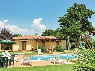 2 bedroom Apartment in Carraia, Umbria, Italy : ref 5523750