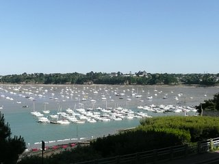 1 bedroom Apartment in Dinard, Brittany, France : ref 5312748