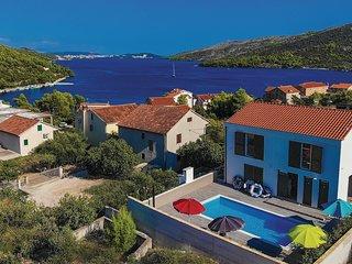 4 bedroom Villa in Vinišće, Splitsko-Dalmatinska Županija, Croatia : ref 5686621