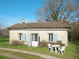 1 bedroom Villa in Pierre-Bernat, Nouvelle-Aquitaine, France : ref 5582881