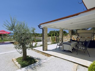2 bedroom Villa in Peroj, Istria, Croatia : ref 5688507