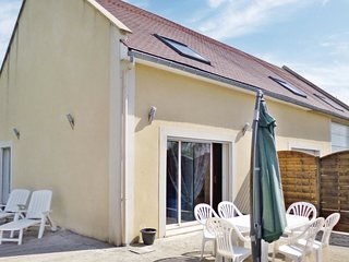 2 bedroom Villa in Ellon, Normandy, France : ref 5539282