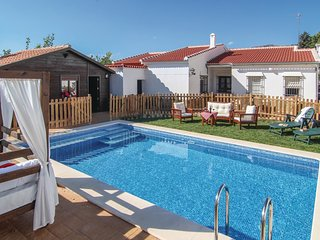 4 bedroom Villa in Yunquera, Andalusia, Spain - 5550020