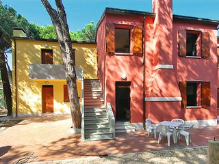 2 bedroom Apartment in Rosolina Mare, Veneto, Italy - 5434584