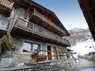 1 bedroom Apartment in Cogne, Aosta Valley, Italy : ref 5054619