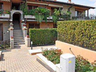 1 bedroom Apartment in Lazise, Veneto, Italy : ref 5438713