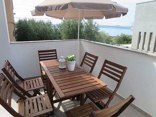 2 bedroom Villa in Šarić, Zadarska Županija, Croatia : ref 5576576