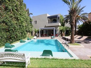 Villa Zeitoun - Charming Villa with a Private Pool