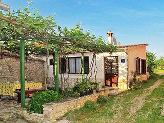 2 bedroom Villa in Zminj, Istarska Zupanija, Croatia : ref 5439733