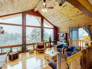 NEW LISTING! Cabin on 10 acres with private hot tub, views of Pikes Peak