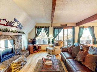 NEW LISTING! Dog-friendly mountain chalet in Florissant with 4.5 acres of space