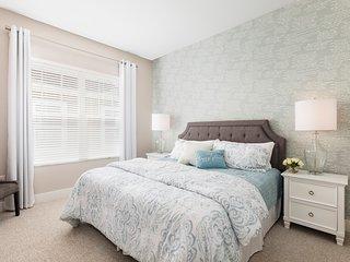 Summerville Resort - 3 Bed / 3 Bath Townhome (SMV127)