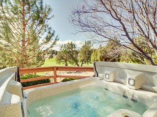 Dog-friendly golf course view home w/ a private hot tub, shared pool, and more!