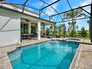 Stunning 6BD pool home at Solara Resort!