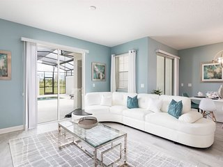 8955SID. Gorgeous 4 Bed 3 Bath Townhome in ChampionsGate Golf Resort