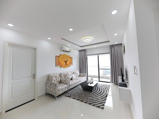 Luxurious serviced apartment Center of District 5 , Ho chi minh city