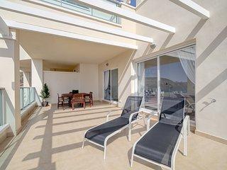 apartamento lujo 140m2 (Mijas Costa). Golf, mar y montaña con amplia terraza