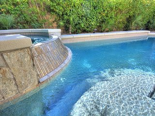 Wonderful Home with Private Pool in Golf Course Community ID178