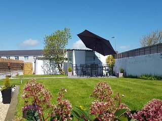 Ty Clyd Kidwelly, family and pet friendly home from home