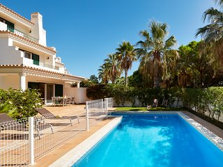 Ancao Holiday House with private Pool Tennis  Close to the beach Vale do Lobo