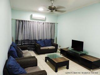 Ling's House Marina Court Resort Condominium