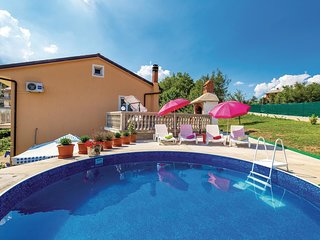 2 bedroom Apartment in Marčelji, Primorsko-Goranska Županija, Croatia : ref 5541