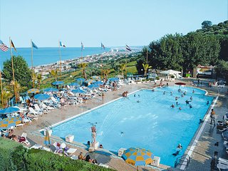 2 bedroom Apartment in Silvi Paese, Abruzzo, Italy : ref 5444963