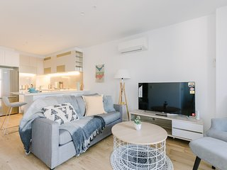 2BR Royal Suites in Melbourne CBD