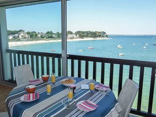 1 bedroom Apartment in Saint-Pierre-Quiberon, Brittany, France : ref 5560184