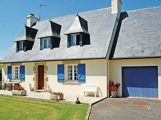 3 bedroom Villa in Pont-l'Abbé, Brittany, France : ref 5538949