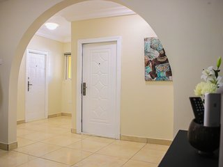 Luxurious 2 Bedroom Serviced Apartments Accra