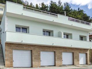 1 bedroom Apartment in Krilo, Splitsko-Dalmatinska Zupanija, Croatia : ref 56094
