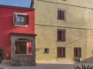 2 bedroom Villa in Fažana, Istria, Croatia : ref 5520138