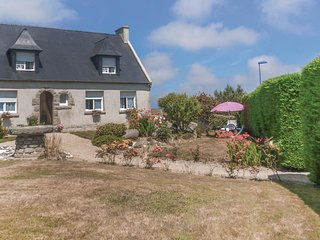 2 bedroom Apartment in Cleder, Brittany, France - 5674618