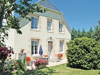 2 bedroom Villa in Saint-Jean-Trolimon, Brittany, France : ref 5538950