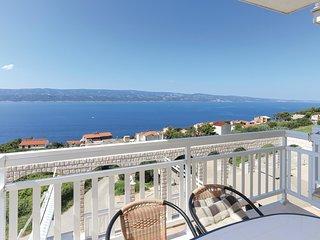 2 bedroom Apartment in Stanici, Splitsko-Dalmatinska Zupanija, Croatia : ref 556