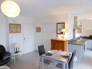 1 bedroom Apartment in Rocabey, Brittany, France : ref 5541525