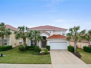Mickeys Sunny villa -Newly bought home that is being renovated pics will differ!