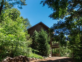 Beltzville 5 Bd/3.5 Bth LOG Home Linens Incl.Sleeps 15