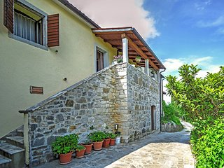 1 bedroom Apartment in Hum, Istria, Croatia : ref 5560035