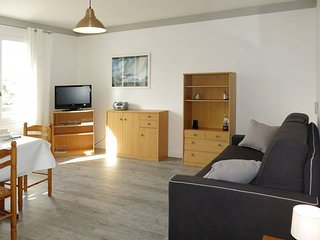 1 bedroom Apartment in La Trinité-sur-Mer, Brittany, France : ref 5441383