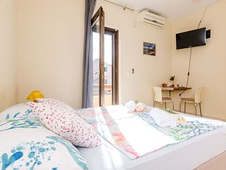 Guesthouse Somnium - Double Room with Terrace