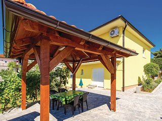 2 bedroom Apartment in Marinici, Croatia - 5533070