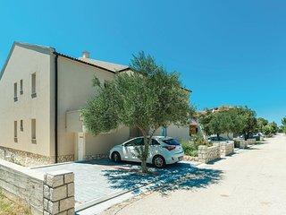 2 bedroom Apartment in Mandre, Zadarska Zupanija, Croatia : ref 5550632