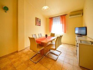 2 bedroom Apartment in Rab, Primorsko-Goranska Županija, Croatia : ref 5560069