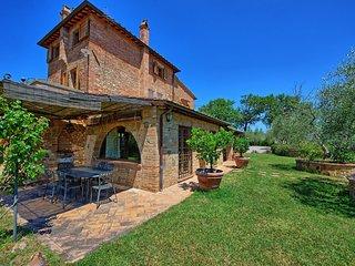 La Pievaccia Villa Sleeps 6 with Pool and WiFi - 5241944