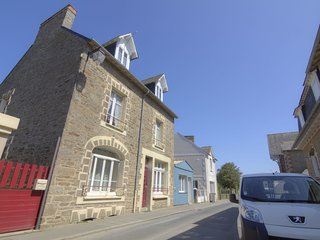 1 bedroom Villa in Cancale, Brittany, France : ref 5541800
