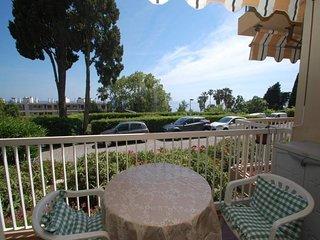Spacieux 2p avec terrasse parking