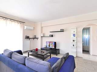 Brand new family apartment with Acropolis view, sleeps 5